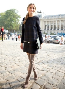 PFW-STREET-STYLE-SHIFT-DRESSES-OVER-THE-KNEE-BOOTS-21